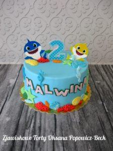 Tort baby sharks na urodziny dziecka