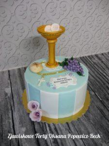 Tort z kielichem, hostią, różańcem, chlebem, winem