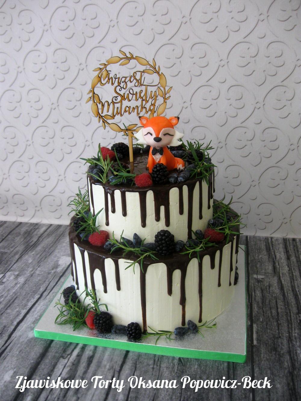 Tort drip cake z lisem na chrzest, bez masy cukrowej