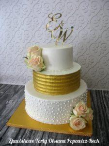 Tort na wesele z masą i kremem